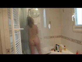 Videos du couple de Lisasparrow35, Sous la douche
